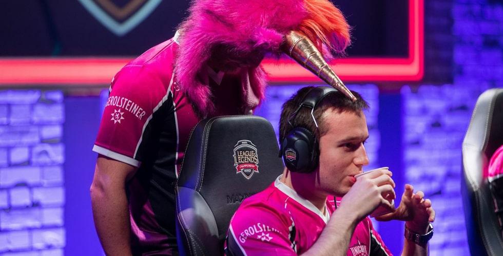 Unicorns of Love auf der eSports Stage
